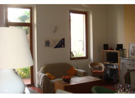 Marseille- Living room