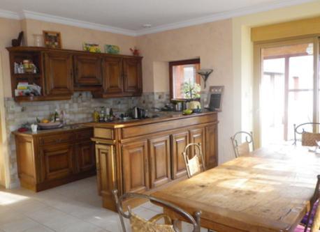 notre cuisine avec la  salle à manger