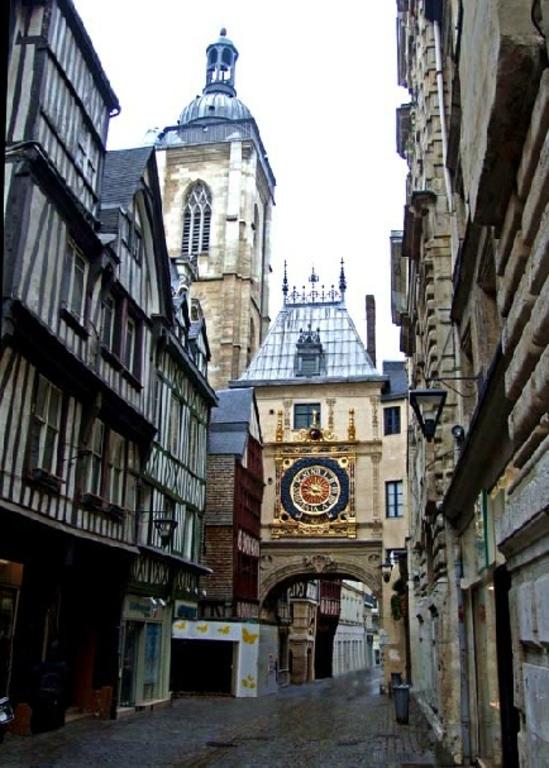 Rouen, rue du Gros Horloge