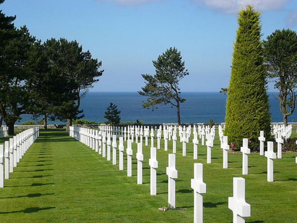 Colleville-sur-mer cimetery and D-Day beaches, 1h30 by car