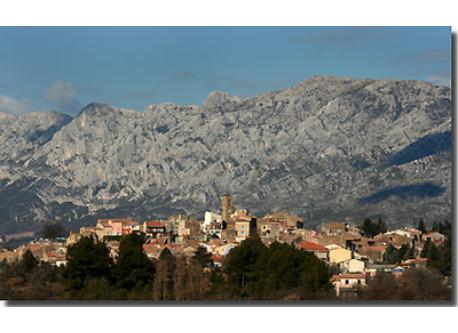 Pourrières with the Sainte Victoire mountain in the background