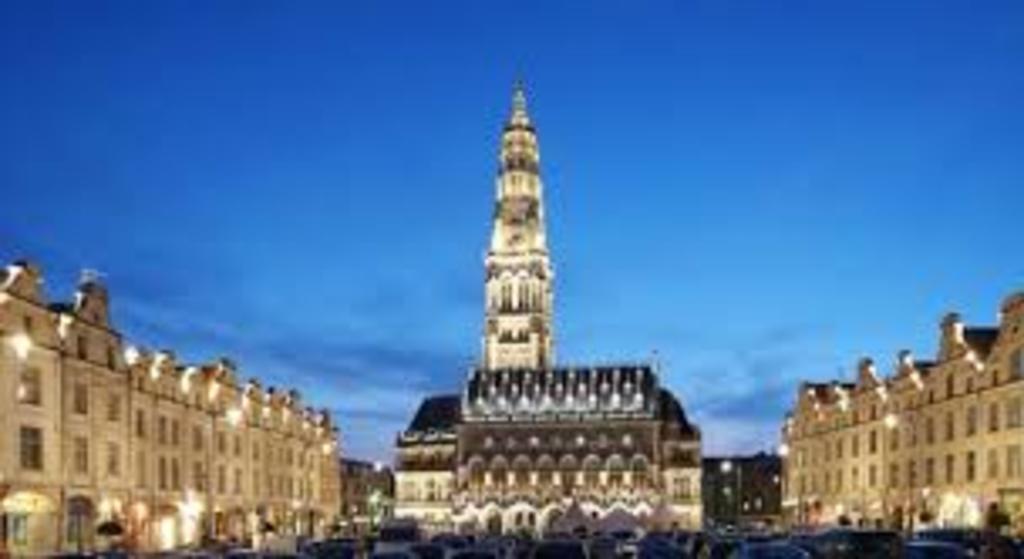 Arras is 20 mn from Douai the famous Squares (La Place des Héros and La Grande Place)