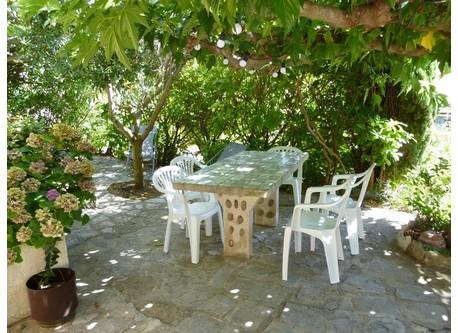 le jardin devant la maison