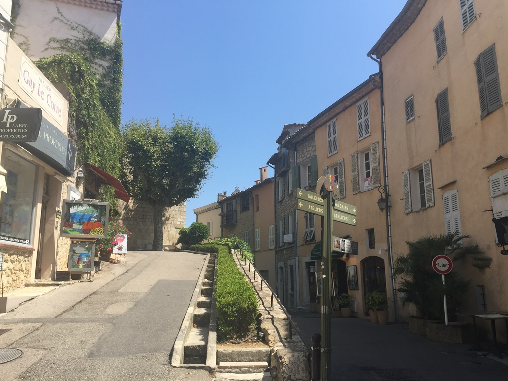 Mougins old village