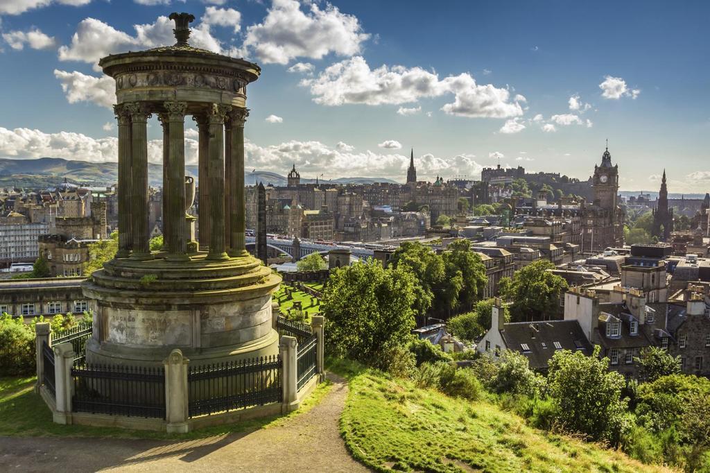 Edinburgh, Calton Hill (45 minutes by train)
