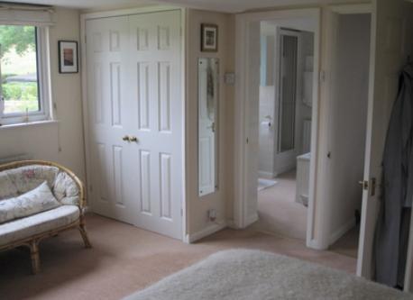 main bedroom (ensuite)