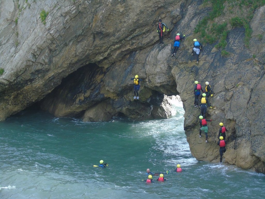 coasteering at Lulworth cove, 60 min drive