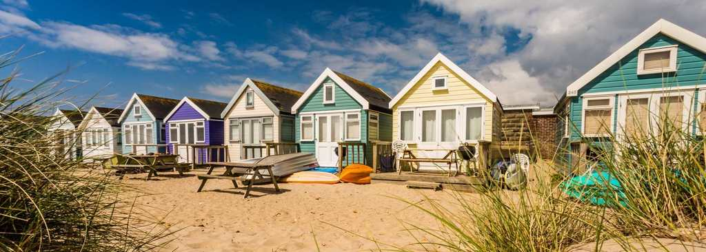 Hengistbury Head beach huts (5min drive or 15min cycle)