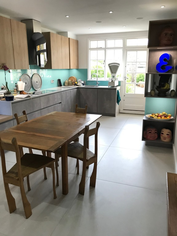 New Kitchen and family dining area.