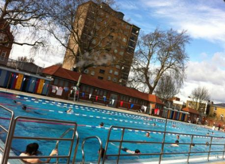 london fields 'heated' swimming pool