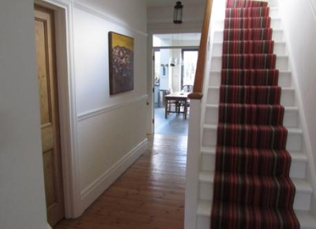 Hall way looking towards kitchen