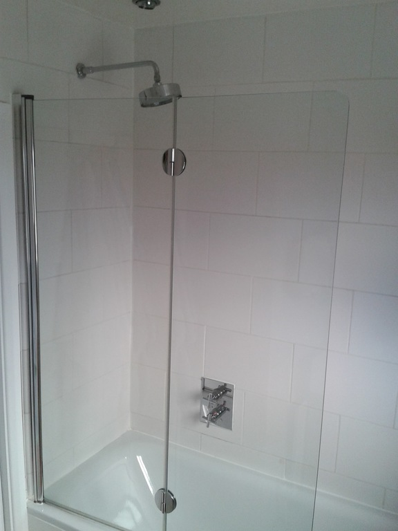 shower in main bathroom