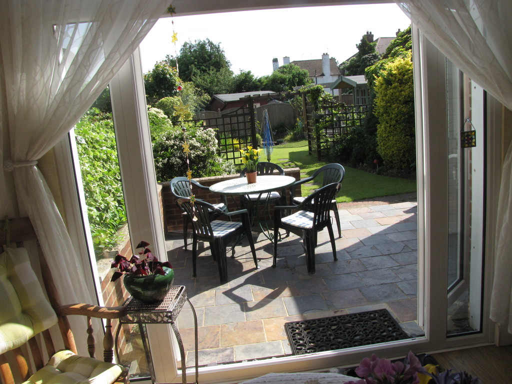 Dining Room with view to garden
