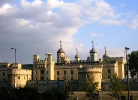 Tower of London - 15 minutes by train