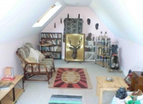 Large play/upstairs sitting room
