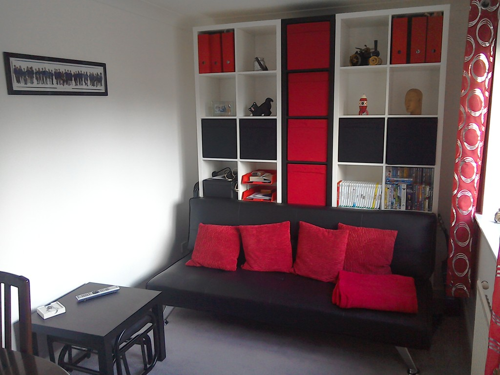 Study/ TV room with double sofa bed