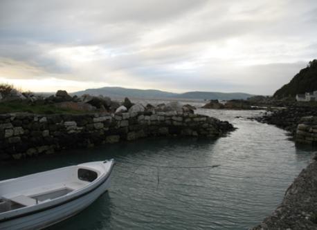 The port at Garron Point (200m).