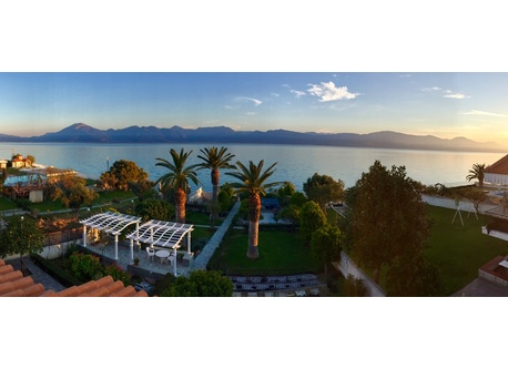 Exotic Waterfront Villa with private beach on the Corinthian Gulf