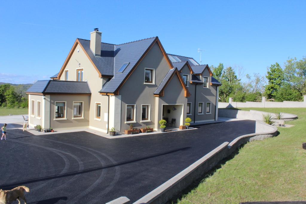 Erne Manor