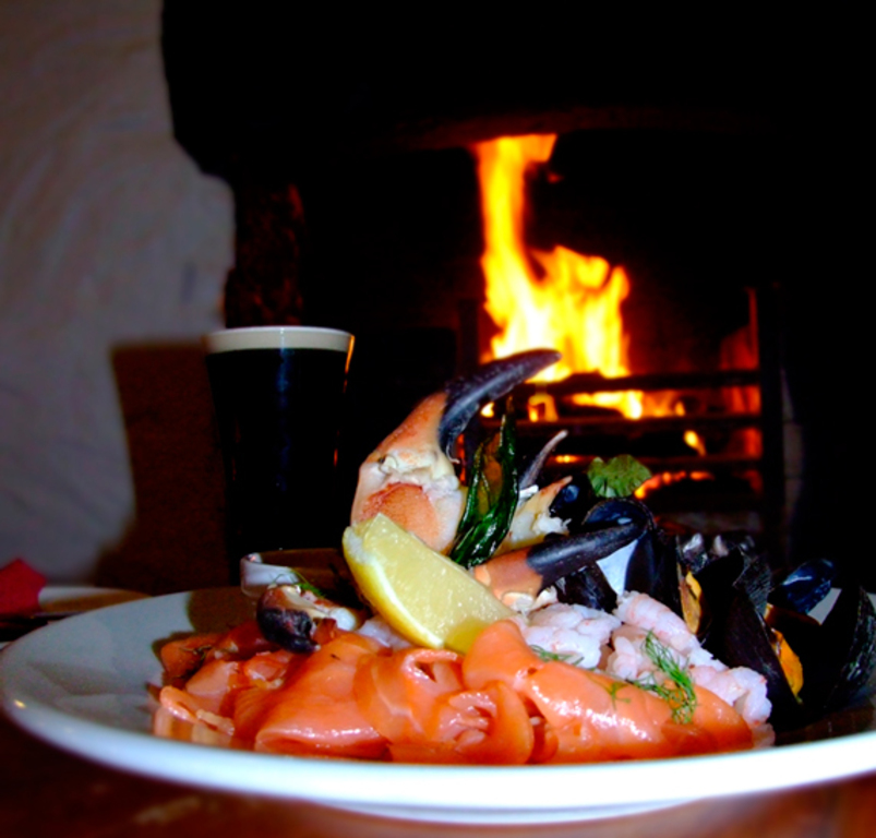 22 Tasty seafood & Guinness in the Beach Bar