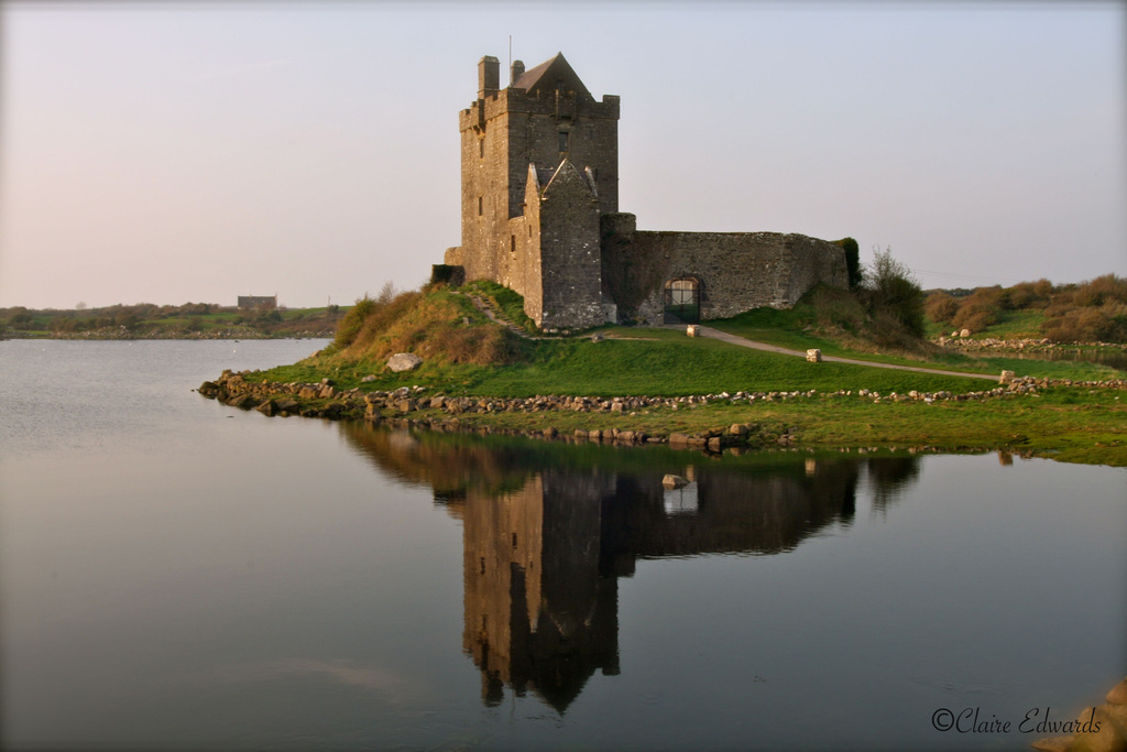 Dunguaire castle in Kinvara - 20 minutes drive.