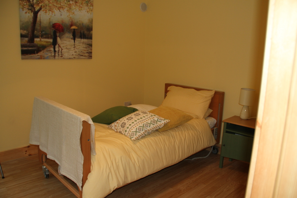 Downstairs room suitable for wheelchair or limited mobility.