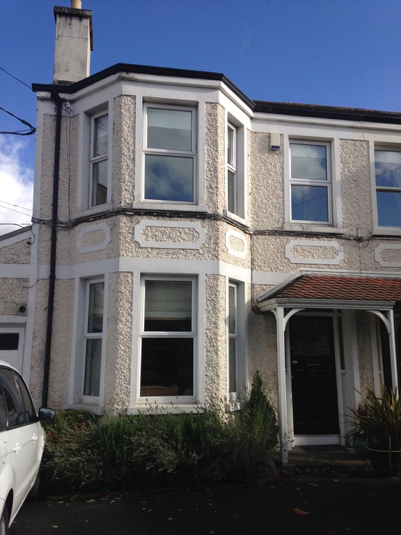 Spacious family home, South Dublin, close to mountains, sea and city.