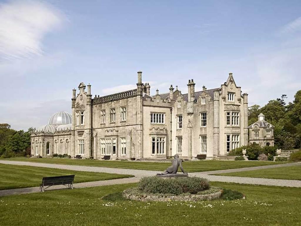 Kilruddery House 5 mins walk