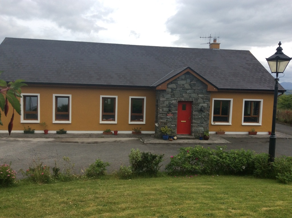 Red Door Cottage, Ballyfinnane, Firies, Co Kerry