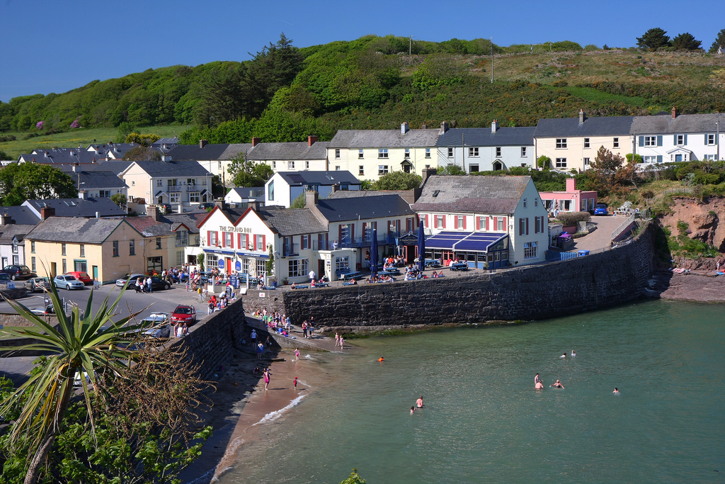 Dunmore East - picturesque fishing village, 15 min drive from Tramore