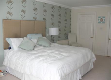 Master bedroom en suite