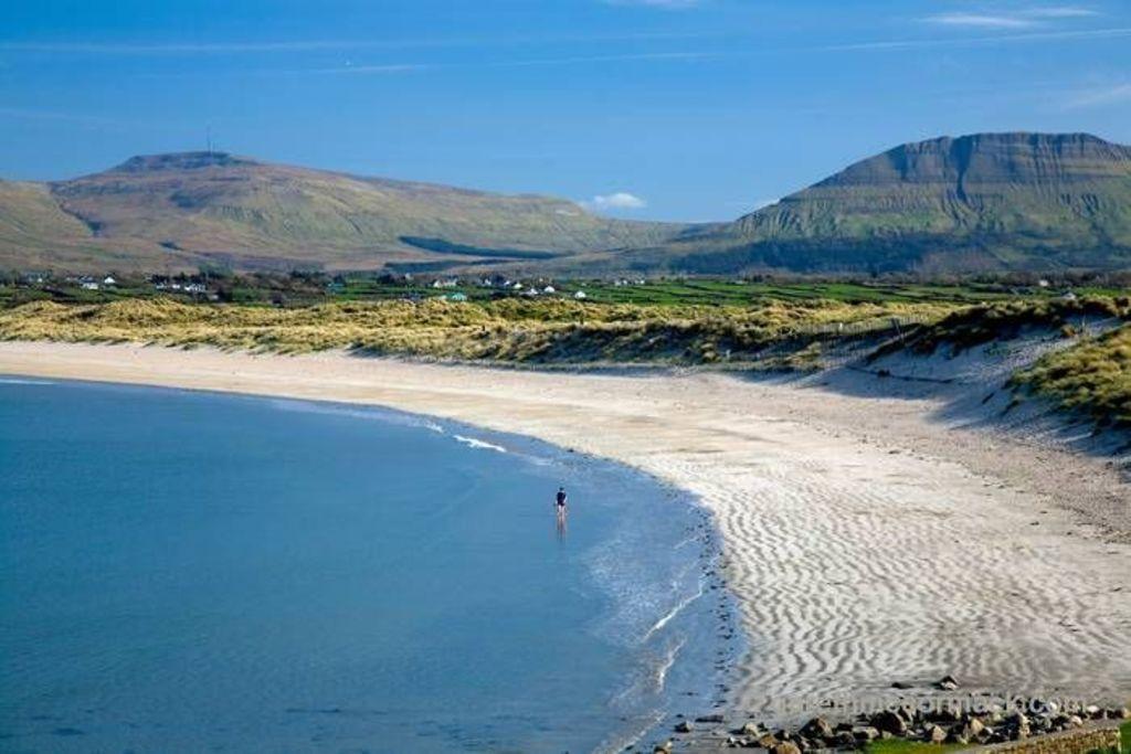Mullagmore beach, Co. Sligo (40 mins)