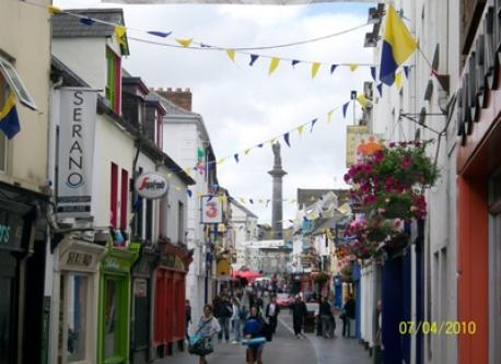 Ennis Town is a 10 minute drive from Quin