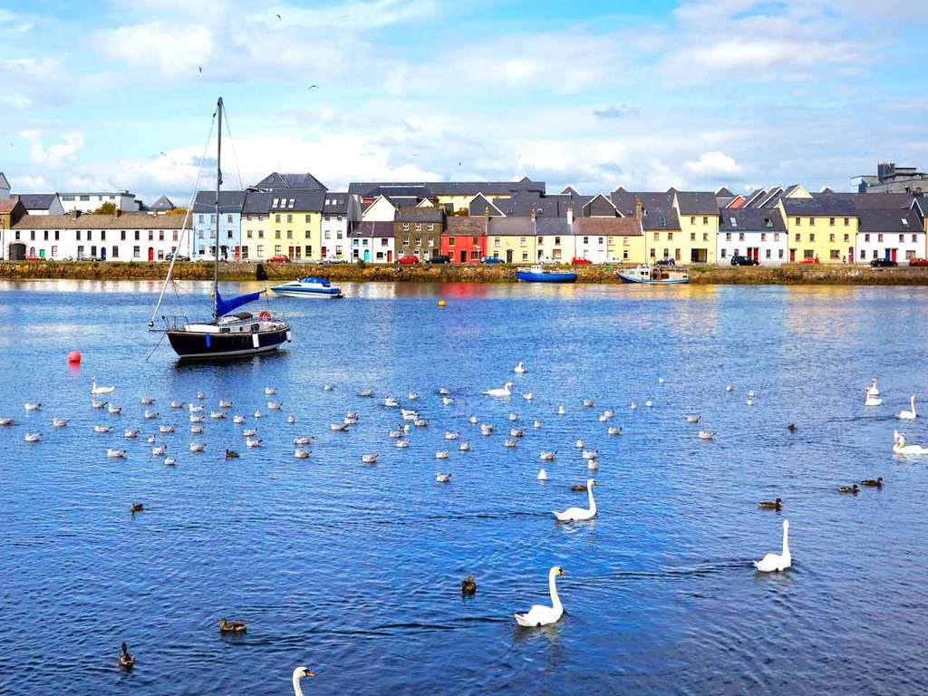 Galway City 25 minutes and accessable from Craughwell by Bus and Rail