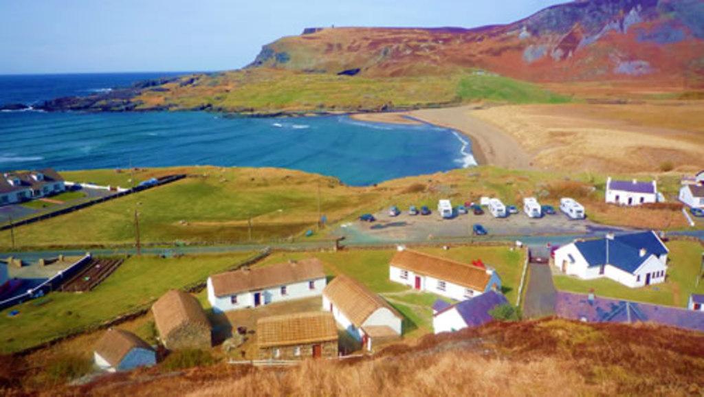 Glencollumcille folk village