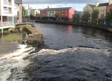 Sligo city on the Garavogue river