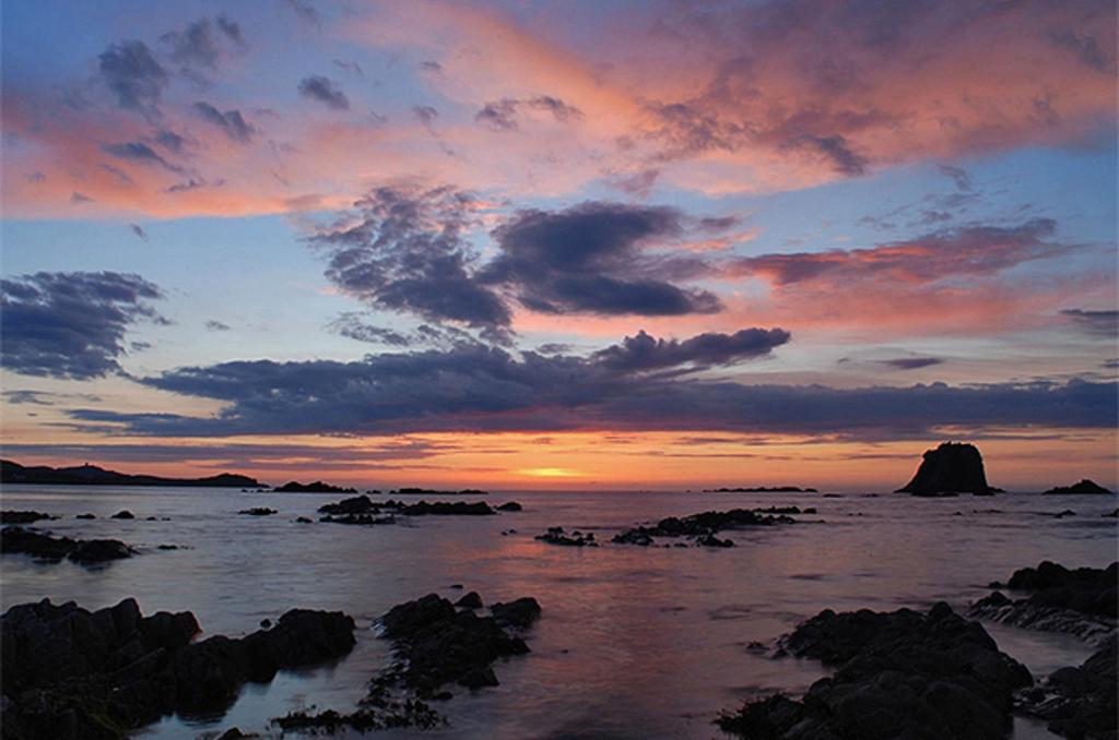 Sunset at Malin Head (10km) [ © Daniil Koltsov ]