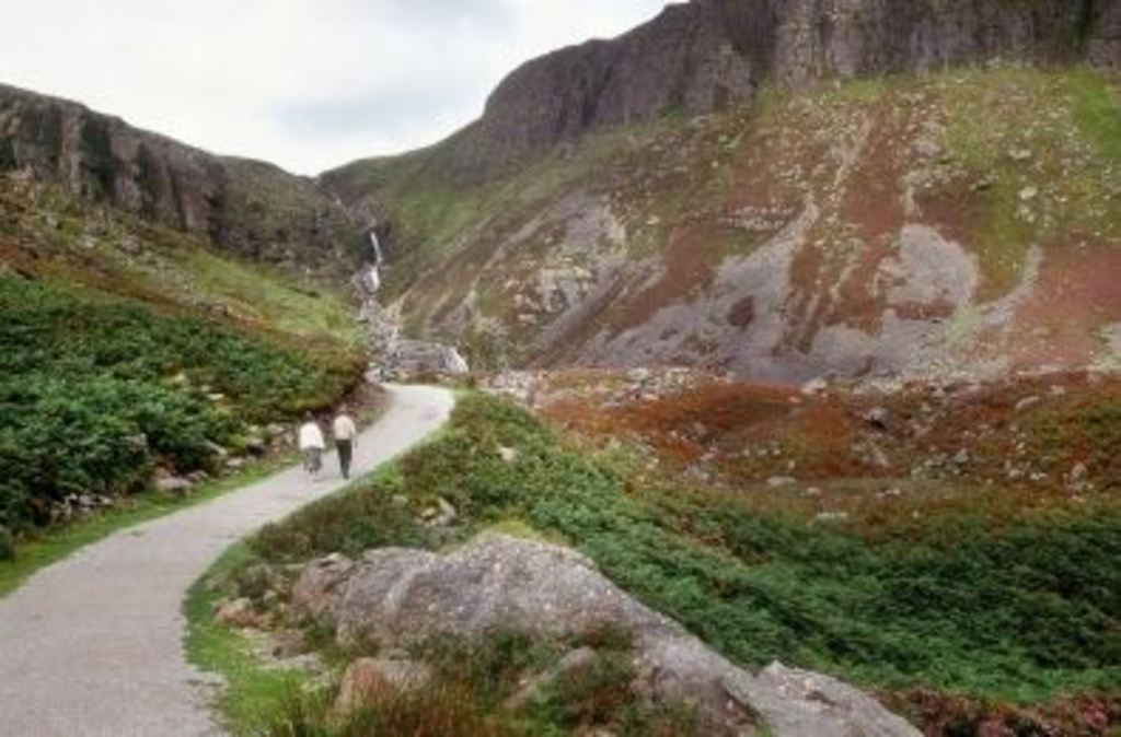 Strolling in the Comeragh Mountains - 20 mins away