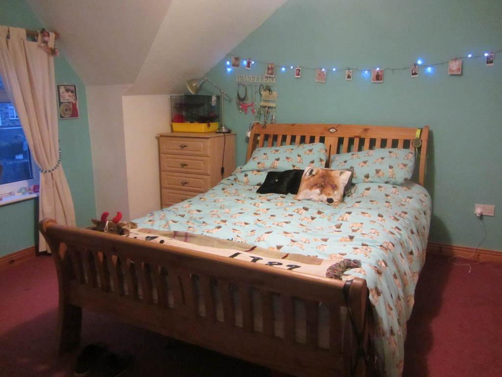 Emer and Niamh's room