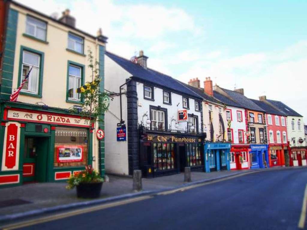 kilkenny's many pubs.