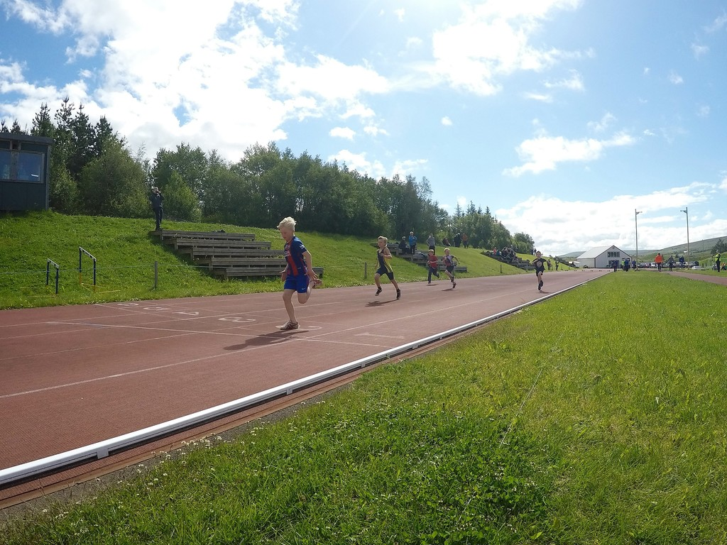 Great track and field athletics statium only 500 meter from the house, close to the swimming pool and golf cours