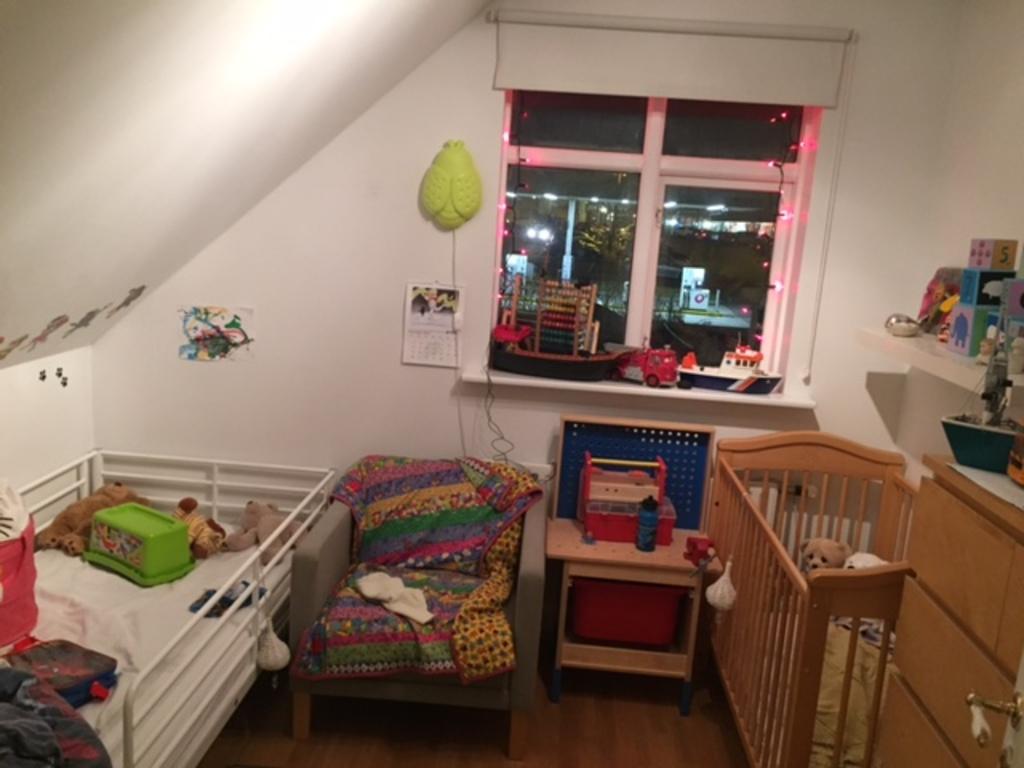 Tollis and Finnur room
