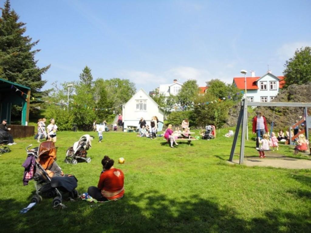 The elv garden Hellisgerði
