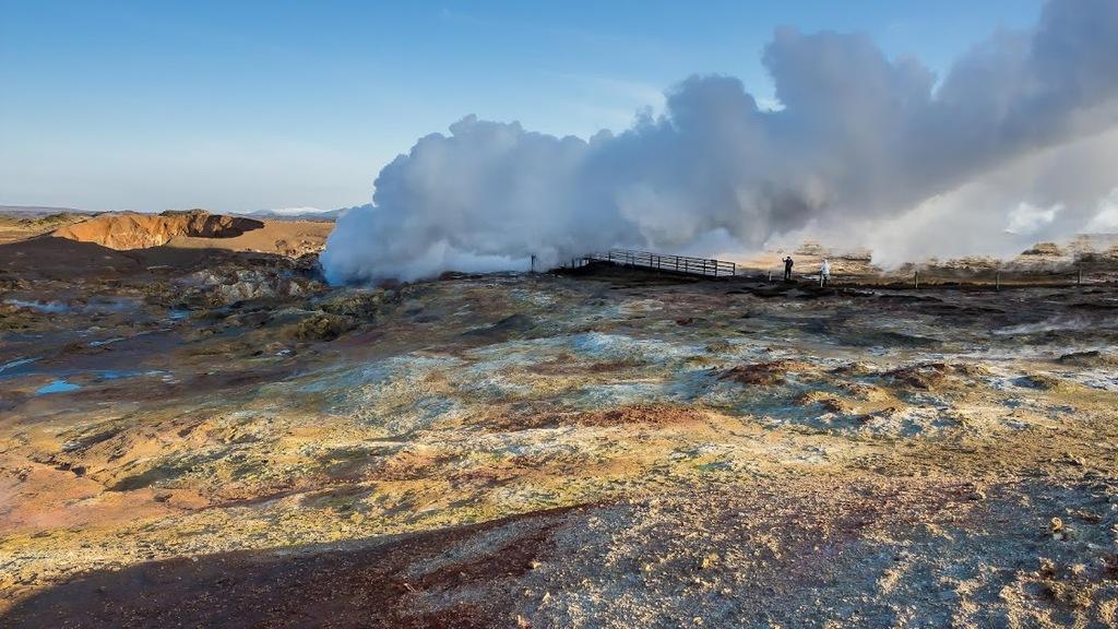 Thermal area in Reykjanes (near Reykjavík)