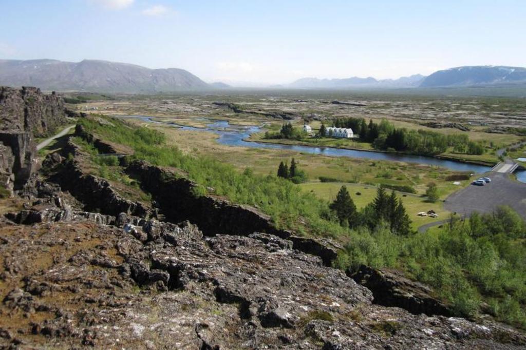 Þinvellir National park (45 km)