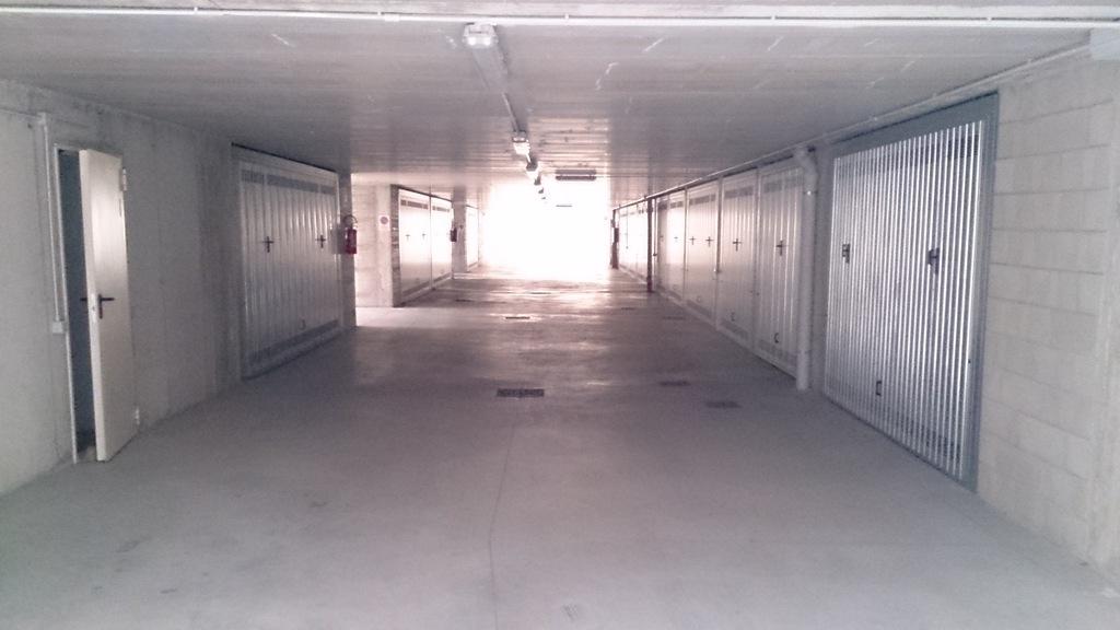 4e garage rechts.