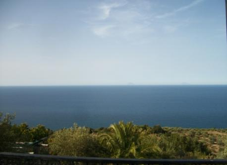 vista sul mare dal terrazzo del piano superiore