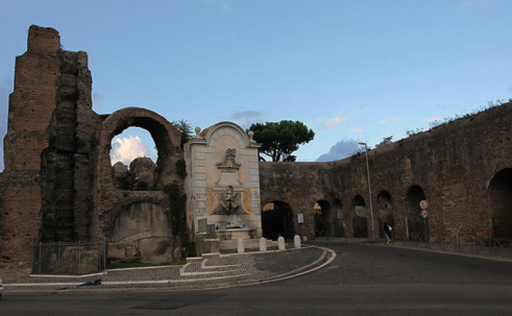 Near the house: Sisto V aqueduct (1585) and fountain Clemente XII (1730)