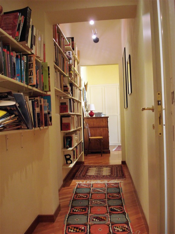 passage from living room to dining room