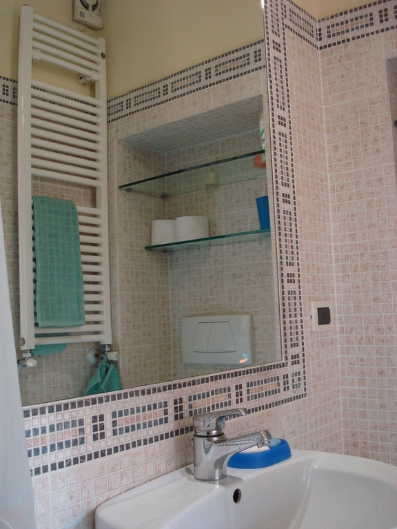 Andrea's bathroom